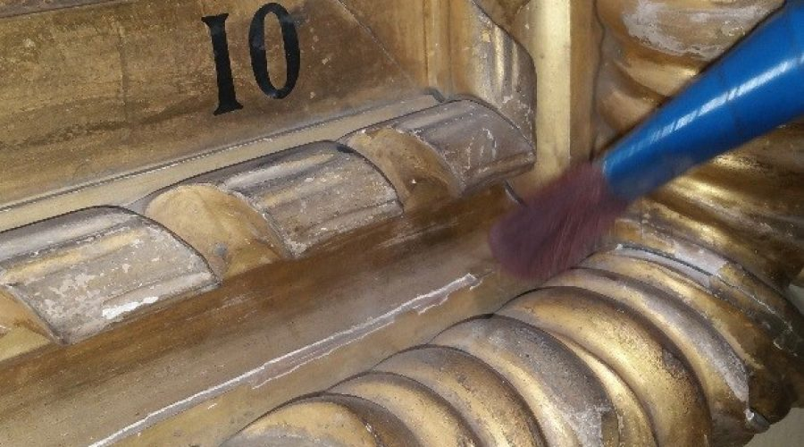 Conservation Cleaning in the White Hall