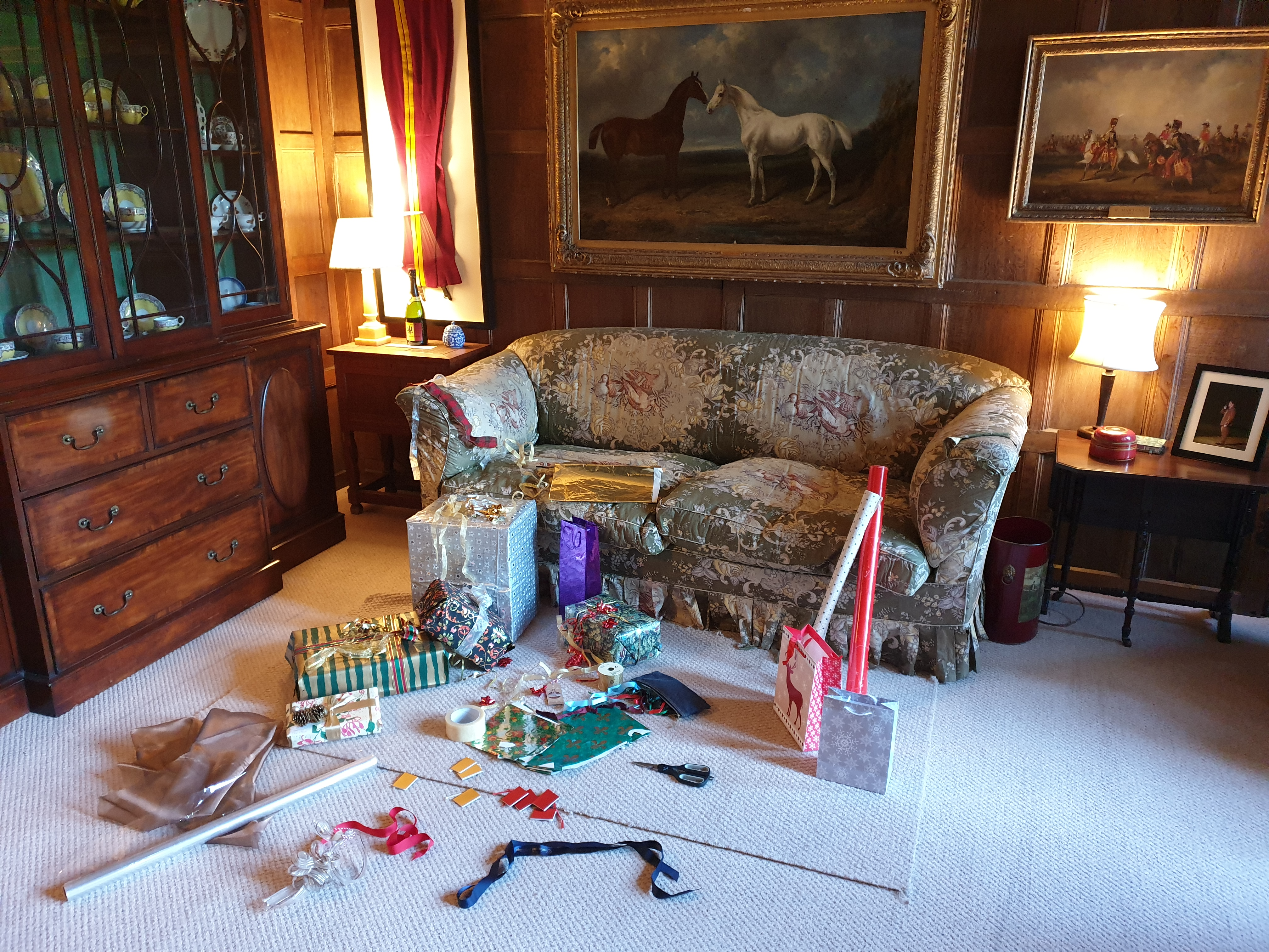 Chapel Parlour - Wrapping